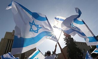 Poll: Most Israelis Satisfied With Life in Israel