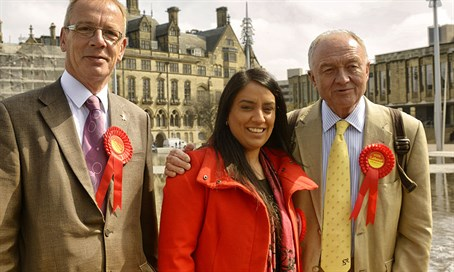 Naz Shah (center)