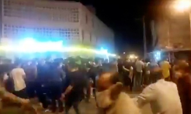 Protest over economic hardship in Behbahan, Iran