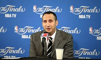 Cleveland urged to give Blatt a championship ring