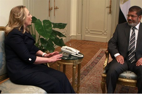 US Secy of State Clinton, Egyptian Pres. Murs