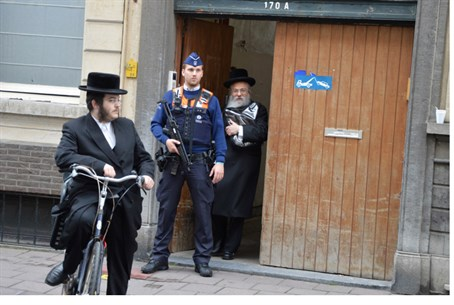 Security for Jews in Belgium (file)