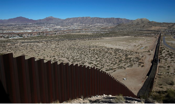 Newly completed section of border fence near Sunland, New Mexico