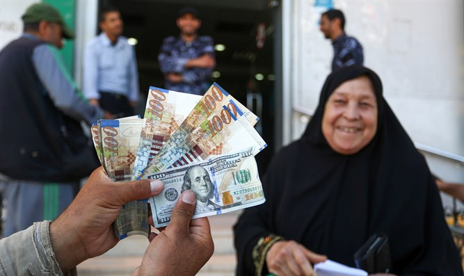Qatari financial aid to Gaza